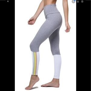 Onzie flow highrise legging